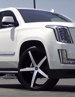 2015 Cadillac Escalade on 26' R-Four Lexani Wheels/Rims